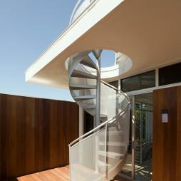 阁楼露天楼梯装饰图片