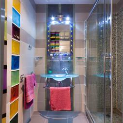 五彩浴室设计