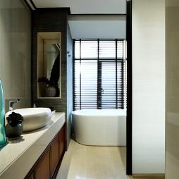 中式新古典样板房卫生间装修图片