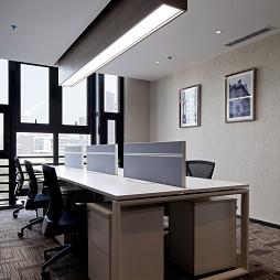 2017混搭风格办公室办公桌装修效果图