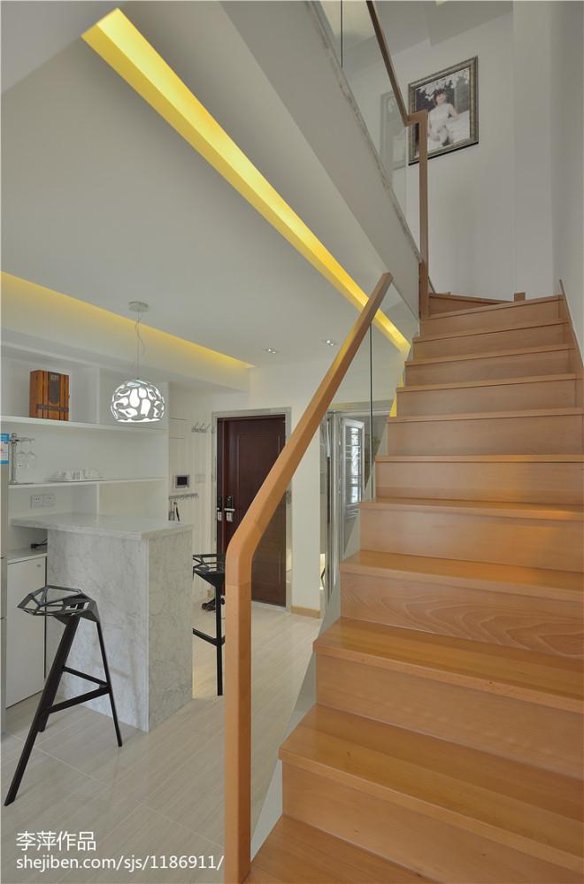 现代简约楼梯效果图