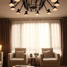交换空间现代风格小户型客厅窗帘图片