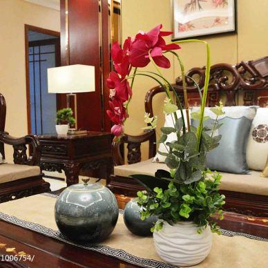 中式客厅桌椅近景图