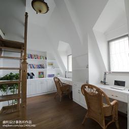 欧式风格跃层书房装修图