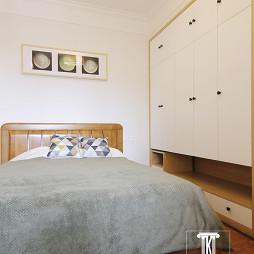 现代卧室衣柜家装效果图