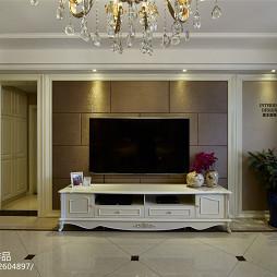 简约欧式客厅电视背景墙装修设计