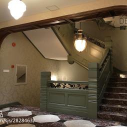 混搭风格中餐厅楼梯设计