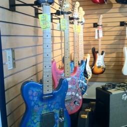 电吉他专卖店效果图