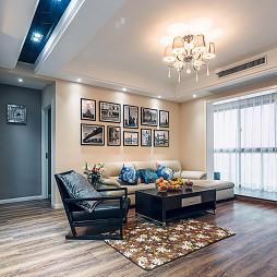 现代风格客厅照片墙设计