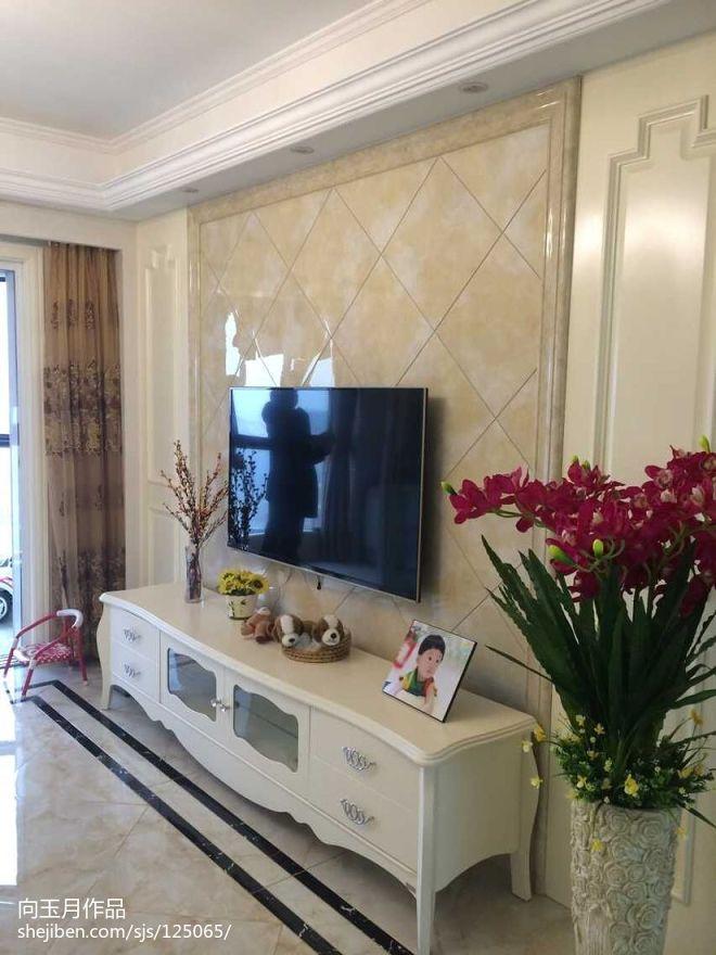 家庭挂壁式电视装修效果图