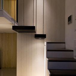 现代楼梯装修设计
