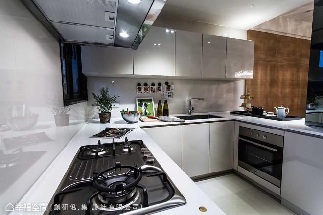 方太整体厨房装修效果图