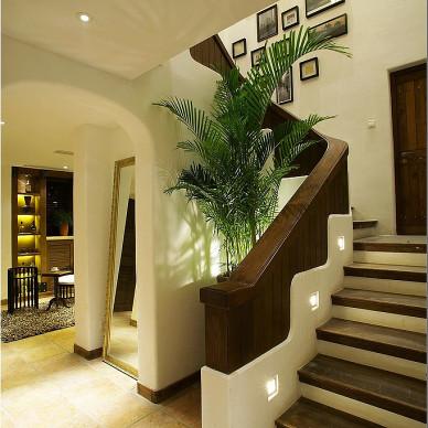地中海风格样板房楼梯背景墙装修设计