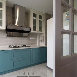 美式风格厨房隔断装修设计