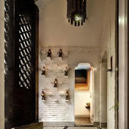 混搭中式复古饭店走廊吊顶设计
