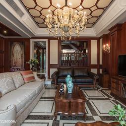 美式别墅客厅隔断设计