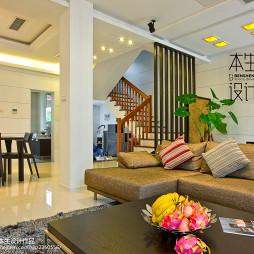 简约古典现代客厅隔断设计
