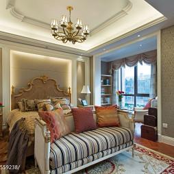 英式卧室阳台装修设计