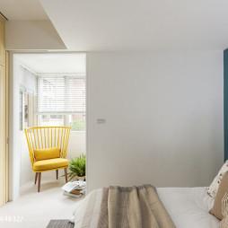缤纷色彩混搭风卧室阳台装修设计