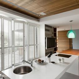 现代清新别墅厨房折叠门装修效果图