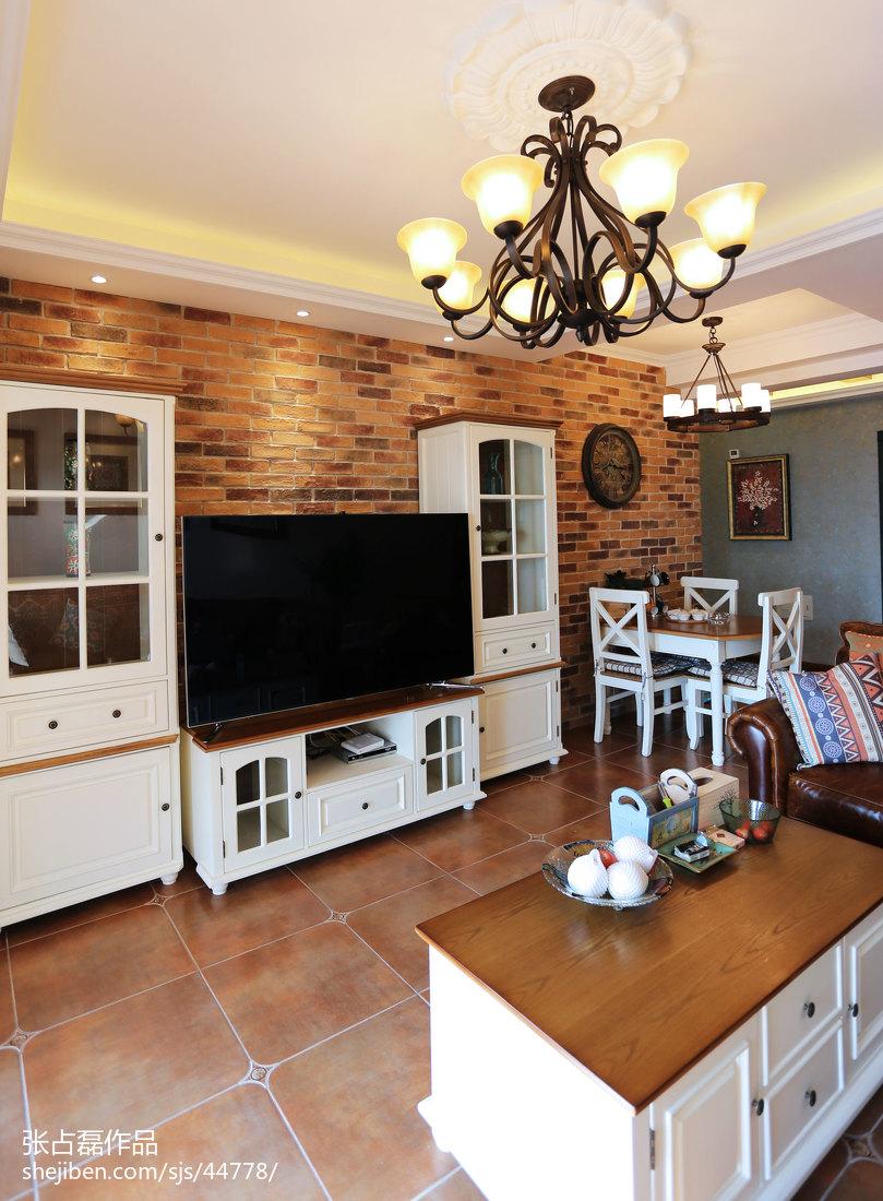 现代简约电视墙墙纸_美式乡村客厅电视背景墙设计 – 设计本装修效果图