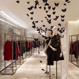 服装专卖店设计效果图欣赏