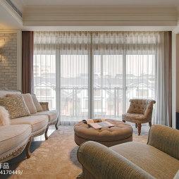 美式简约客厅窗帘效果图