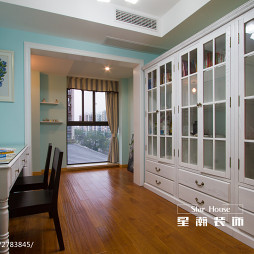 美式风格书房窗户设计