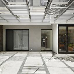 现代创意办公室门厅装修设计