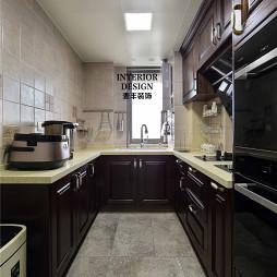 简约美式厨房吊顶效果图