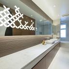 现代卫生间梳妆镜效果图