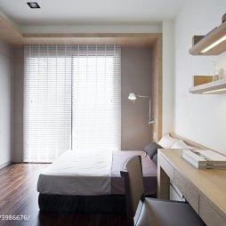 现代风卧室落地窗图片