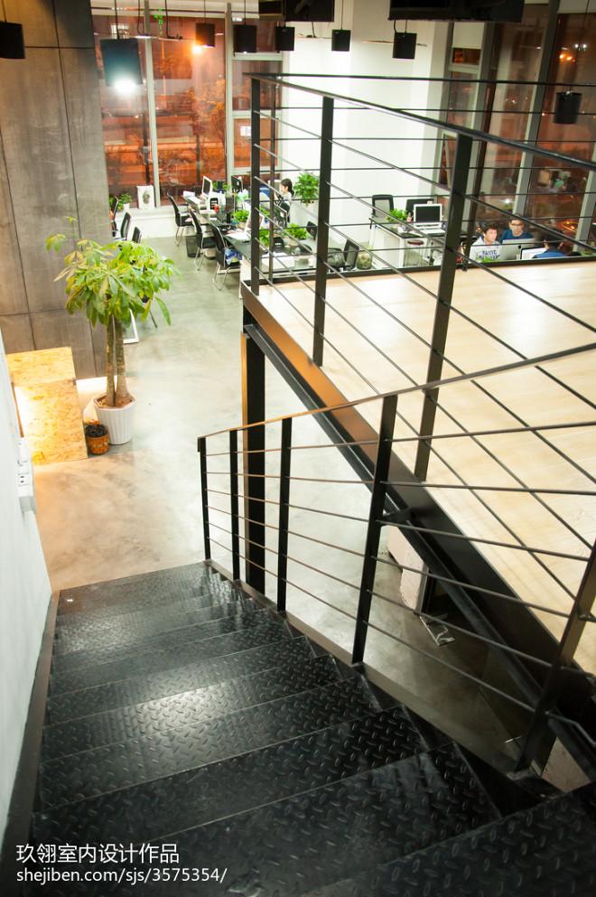 办公机构楼梯设计