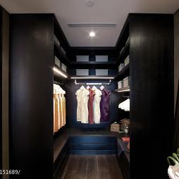 中式衣帽间样板房设计