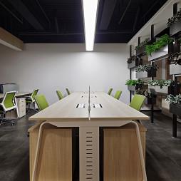 集团办公室办公桌效果图