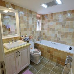 清新混搭卫生间墙面贴砖效果图