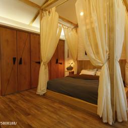 现代卧室实木衣柜装修设计