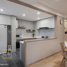 MUJI日式厨房隔断装修效果图