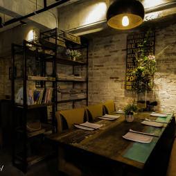 复古文艺餐厅隔断设计