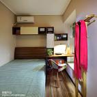 混搭风格卧室组合柜装修效果图