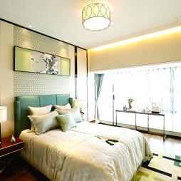 中式卧室落地窗装修图片