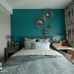 美式四居卧室窗帘装修效果图