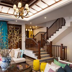 东南亚风格楼梯别墅装修图片欣赏