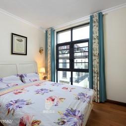 美式风格卧室窗帘装修图片