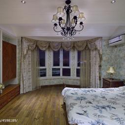 美式卧室窗帘装修图设计