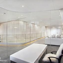 上海时尚美容体验馆办公桌设计