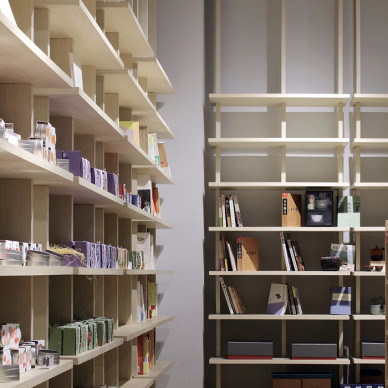 時尚購物空間書架裝修圖