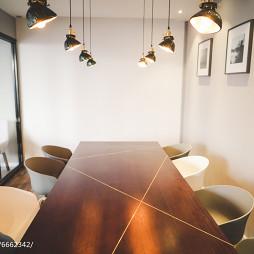 CARLLY咖啡馆餐桌设计