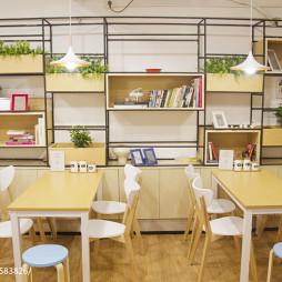 简约风餐厅就餐区设计