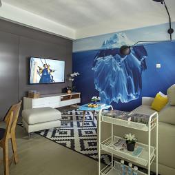 家装简约风格客厅装饰图